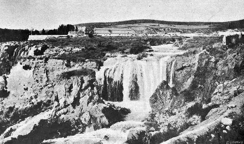 La cascada del Hundimiento de Ruidera en los años 30
