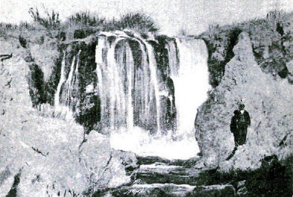Cascada del Hundimiento en Ruidera