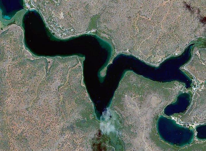Laguna colgada aerea