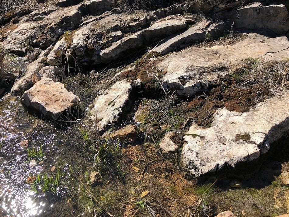 Rocas fracturadas en los Zampullones