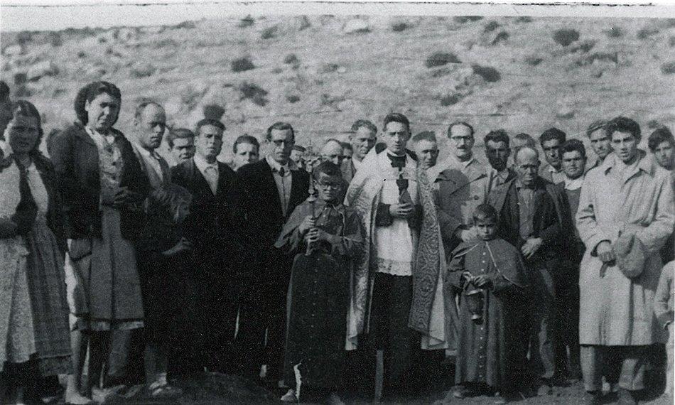Bendición de la 1ª piedra de la nueva iglesia de Ruidera