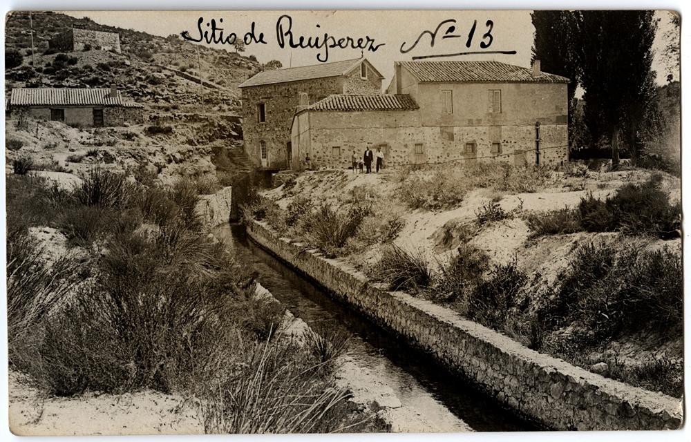 Casas de los operarios de la central hidroeléctrica de Ruipérez en 1928