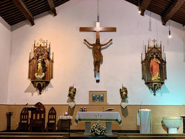 Altar de la iglesia de Santa Magdalena de Ossa de Montiel