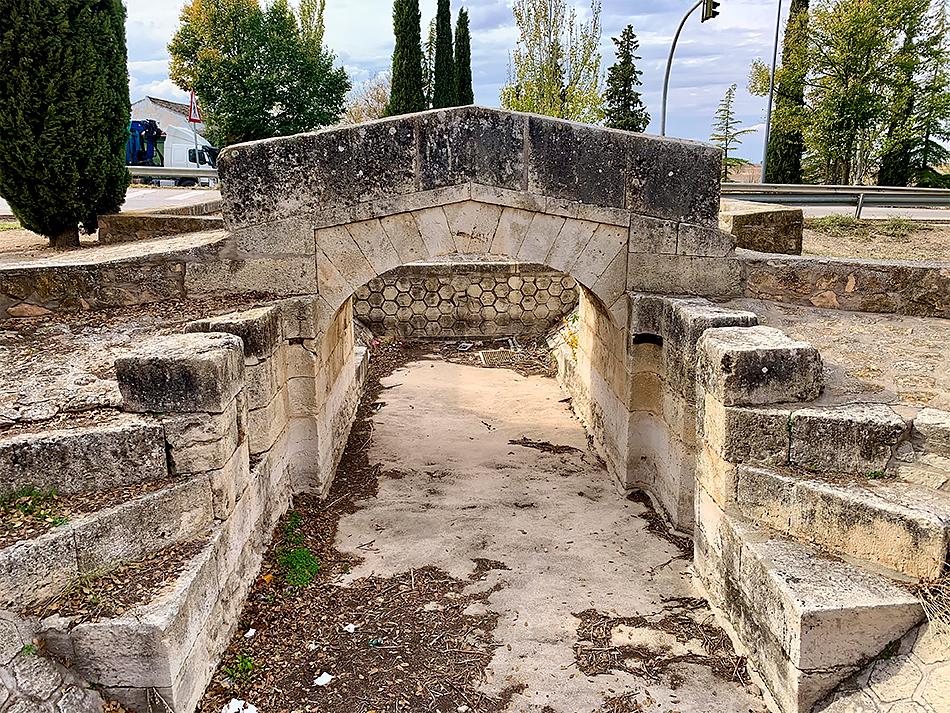 Puente de Alameda de Cervera aguas arriba