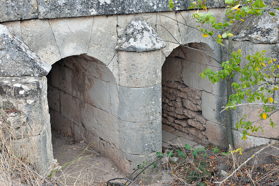 Canales del puente del Vado Lancero aguas arriba
